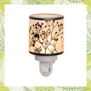New Scentsy Morning Sunrise plug in wax warmer